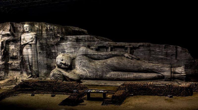 Polonnaruwa Galviharaya (The Stone Temple)